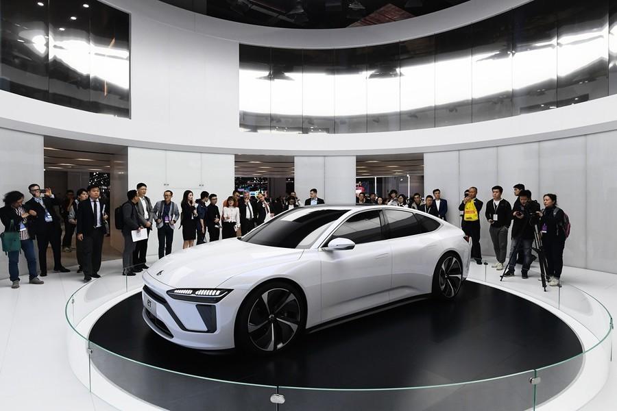 蔚來汽車半年虧近60億 一年市值蒸發800億