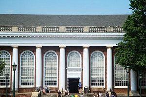美撤銷對維珍尼亞大學中國學者的刑事指控