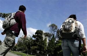 美議員推法案 擬限中國學生涉敏感研究項目