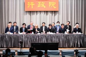 加碼防疫紓困 行政院拍板:1兆500億護台灣