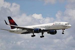 美政府修改禁中國客機計劃 限每周兩次航班