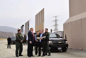 非法移民大湧入 新墨西哥一縣宣佈緊急狀態