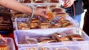 這月餅你敢吃嗎?影片曝中國製食品安全問題