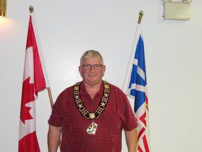 紐芬蘭與拉布拉多省Town of St. George's鎮鎮長Daniel Conway稱,本鎮為能共慶「法輪大法日」而自豪。