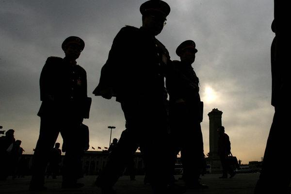 中共兩會前夕,中共高層權鬥再一次加劇,包括中共特大型軍工央企老總胡問鳴等多名高官落馬。(MARK RALSTON/AFP/Getty Images)