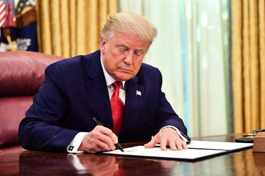 特朗普簽署外企問責法 中企不合規就下市