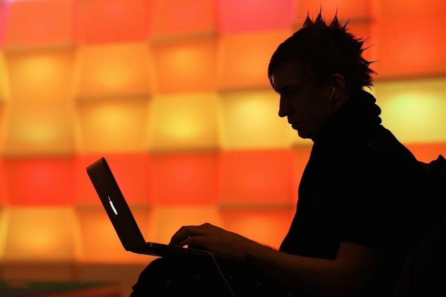 中國黑客利用面書帳戶監控海外維族人