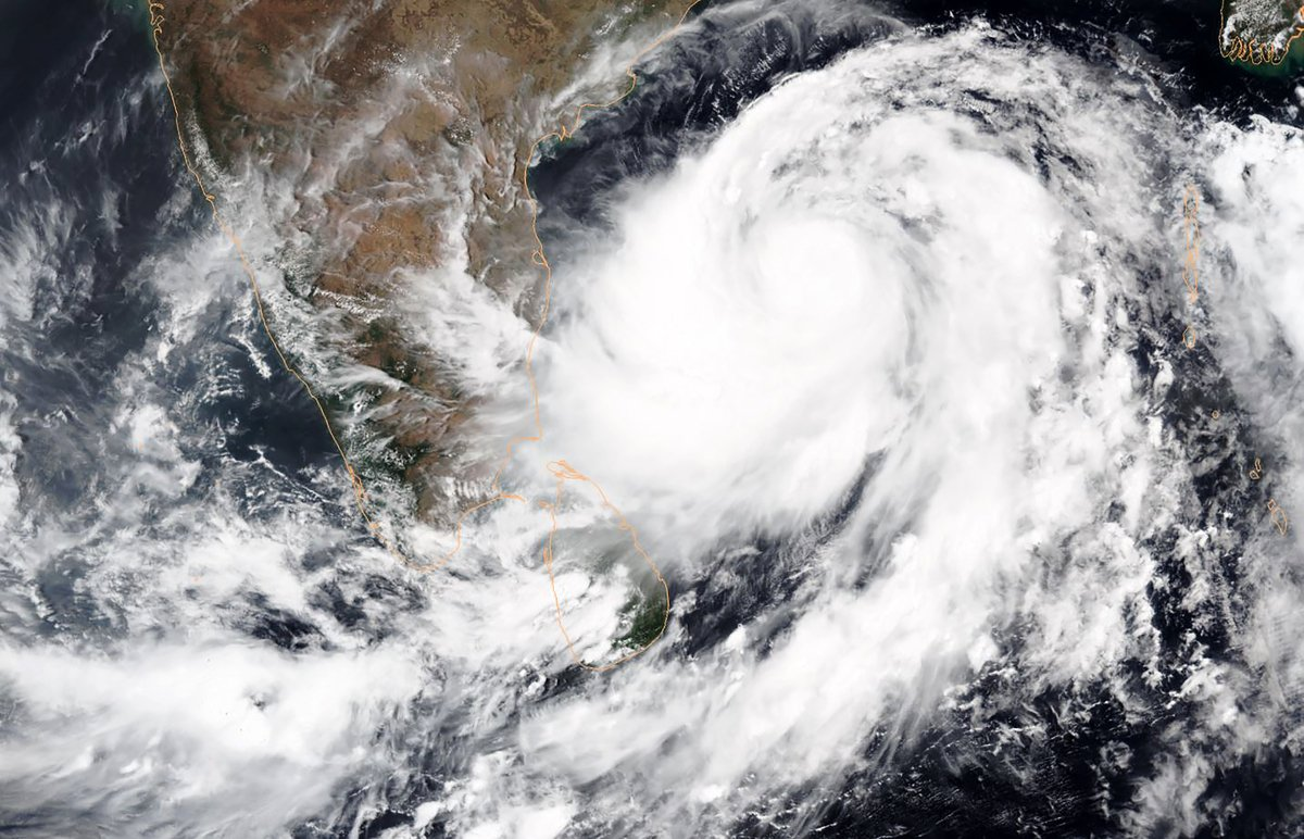 國家海洋和大氣管理局(NOAA)提供的衛星圖像顯示,熱帶氣旋法尼(Fani)在孟加拉灣顯著增強。 (HO/NOAA/AFP)