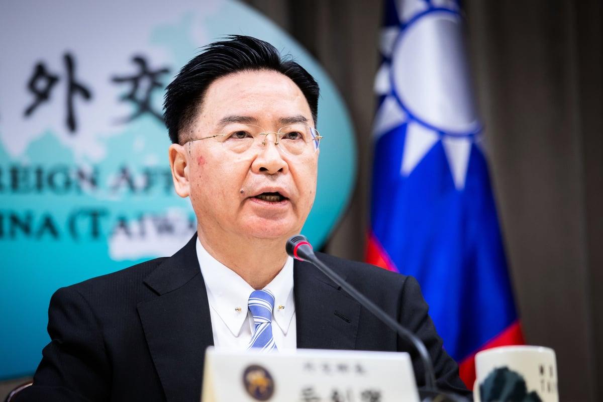 中華民國外交部長吳釗燮2020年8月13日表示,中共面臨國內危機時,企圖對外尋找「替罪羔羊」,急欲強加「一國兩制」,將台灣變成下一個香港。圖為資料照。(陳柏州/大紀元)