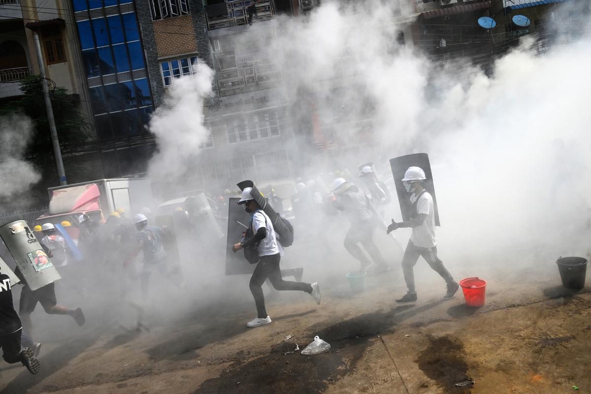 3月3日,仰光抗議場景。(STR/AFP via Getty Images)