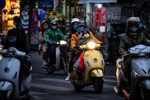 中共肺炎疫情升級 越南交警酒測有新招