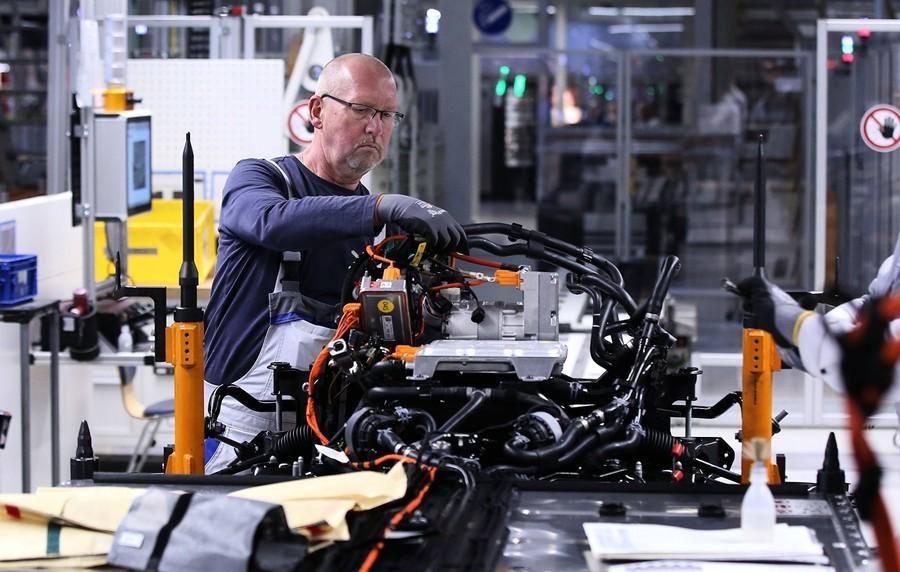 中國疫情加劇 德國汽車製造業遭受重創