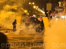 組圖:11.18凌晨市民聲援理大生 警狂射催淚彈