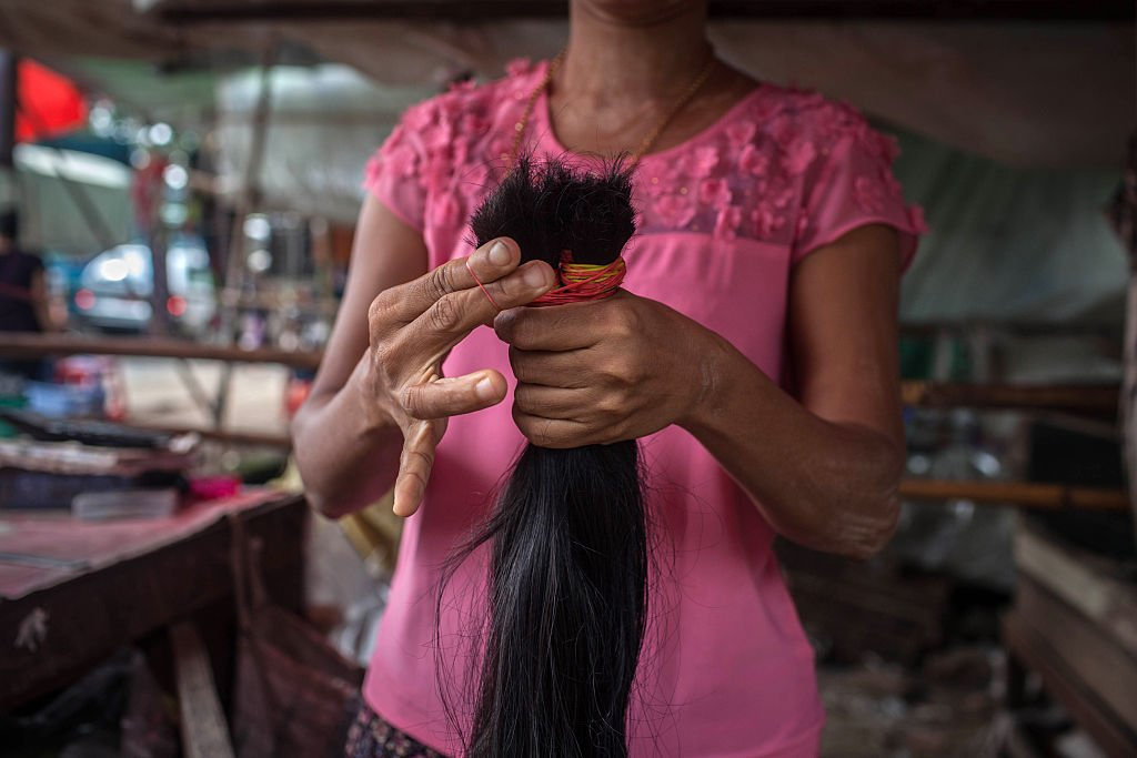 亞洲販賣頭髮的婦女。(Lauren DeCicca/Getty Images)