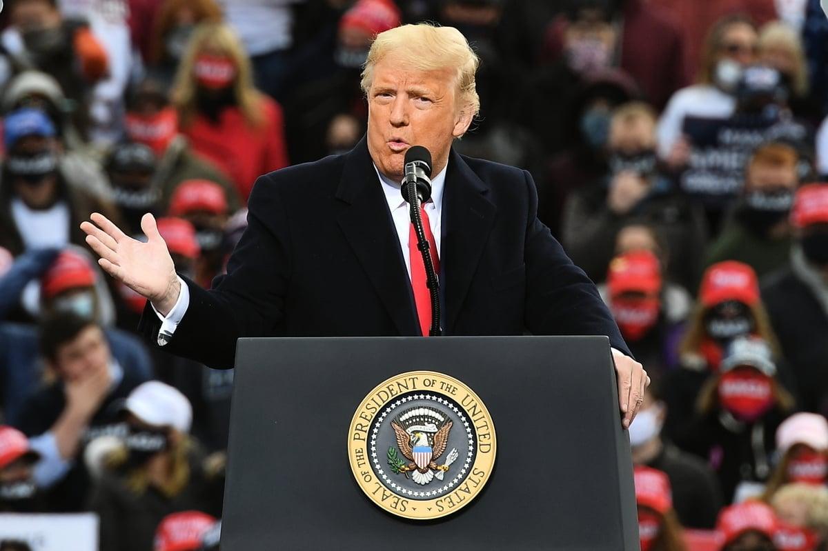 2020年10月25日下午特朗普總統來到新罕布什爾州發表「讓美國再次偉大」演講。(MANDEL NGAN/AFP)