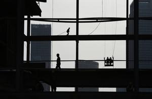 若美加稅 中國經濟增長或降1.6%至2%