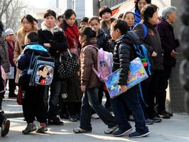 北京啟動小學寒暑假託管 教師不滿爆棚