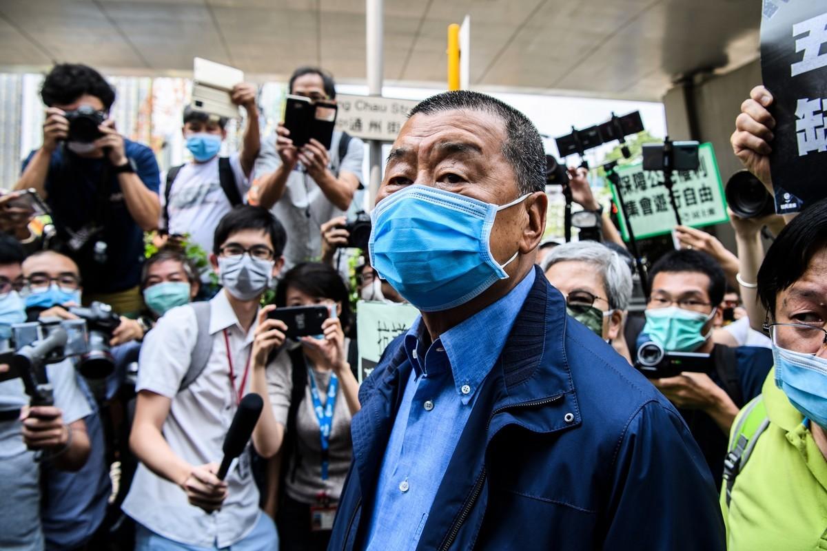香港當局以港版國安法為藉口,於當地時間8月10日一早逮捕了香港媒體大亨、壹傳媒創辦人、對中共直言不諱的批評者黎智英(Jimmy Lai)。(Anthony WALLACE/AFP)