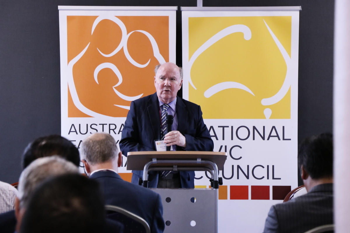 2020年2月7日,澳洲國家公民委員會前主席Peter Westmore主持研討會,推動《馬格尼茨基法案》立法。(李奕/大紀元)