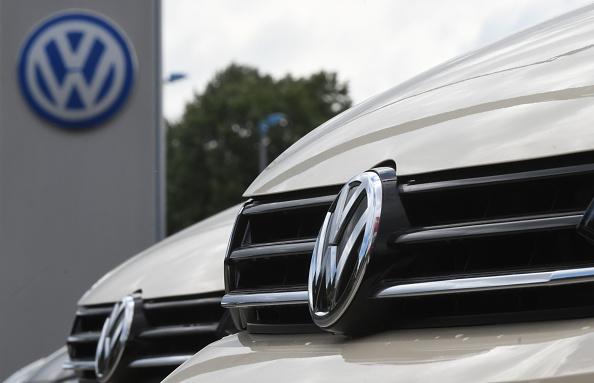 德國最高法院2020年5月25日裁定,大眾汽車因蓄意欺騙必須對消費者做出賠償。(INA FASSBENDER/AFP via Getty Images)
