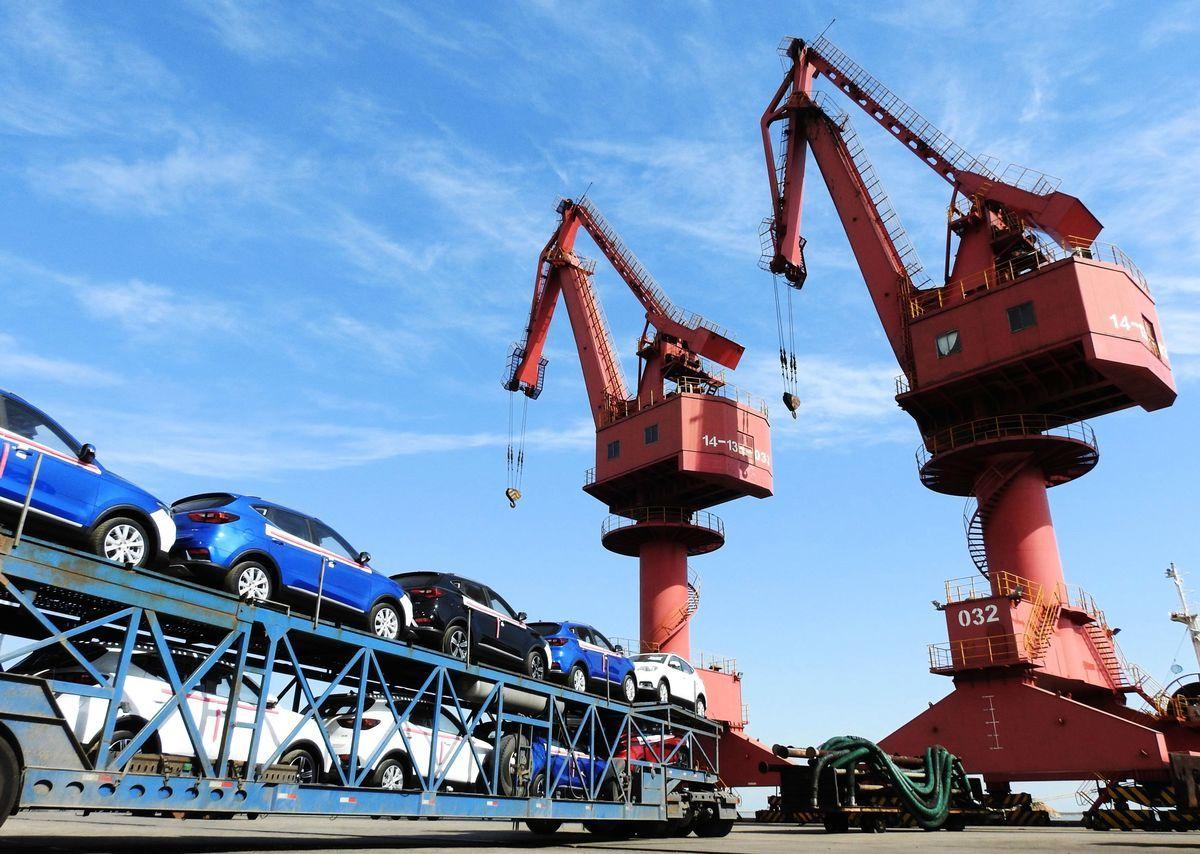 達拉斯聯邦儲備銀行行長卡普蘭(Robert Kaplan)周五(9月7日)表示,在貿易問題上與中共作戰是一場「正確的戰鬥」(right fight),且如果需要數月甚至數年才能解決這一問題不足為奇。圖為中國連雲港港口。(AFP/Getty Images)