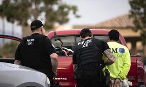 【名家專欄】拜登政府玩弄法律 癱瘓移民局