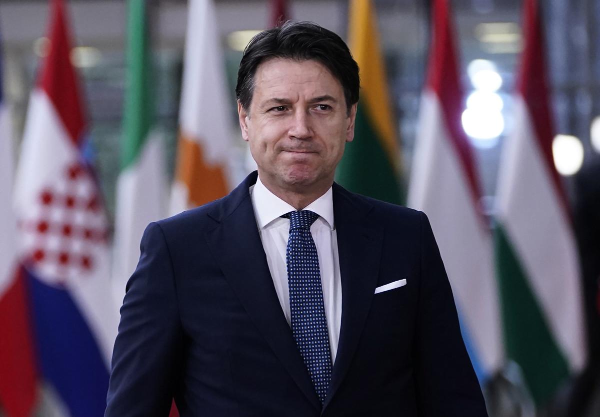 意大利總理孔特(Giuseppe Conte)2020年3月8日凌晨簽署一項法令,對(中共病毒)疫情嚴重地區實施封城。圖為孔特。(kenzo tribouillard/AFP)