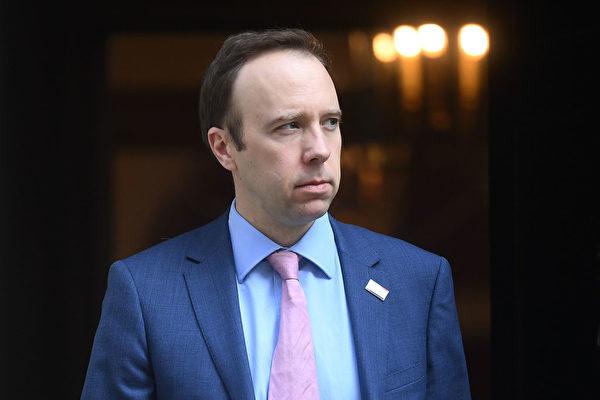 英國衛生大臣夏國賢(Matt Hancock)暗示醫護人員浪費防護裝備,這引發了醫療部門的不滿。(Peter Summers/Getty Images)