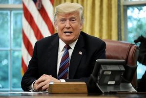 特朗普宣佈美墨達新貿易協議 或替代NAFTA