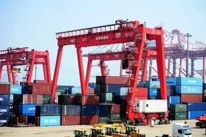 大陸2月出口下跌20.7% 貿易順差減少87.2%