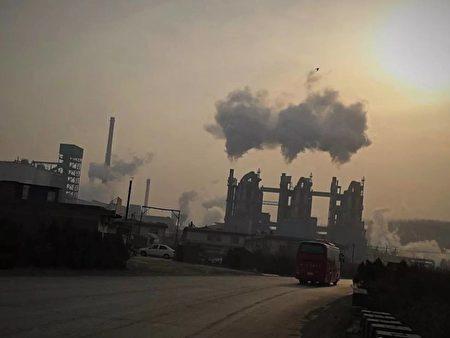 2019年4月下旬,山西省孝義市某鋁業有限公司外部的工作情況。(小張提供)