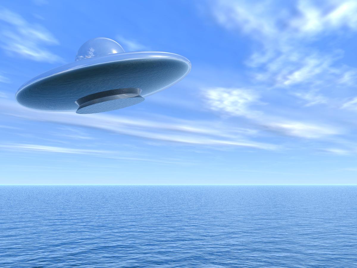 此為海上的UFO示意圖。(Shutterstock)