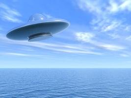 美戰艦被一群UFO圍住 國防部確認影片真實