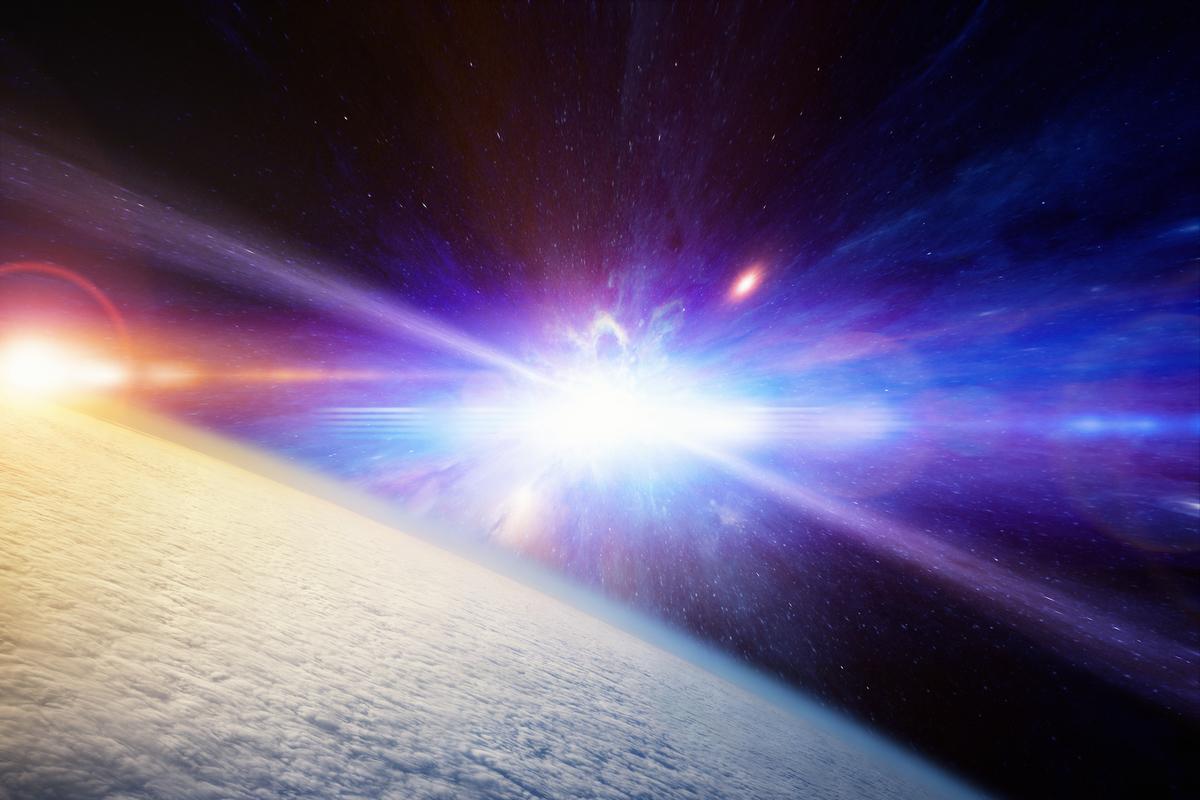 高能宇宙射線藝術假想圖。(ShutterStock)