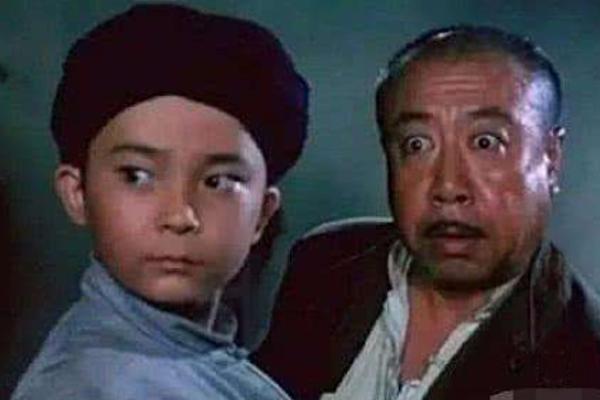 撣封塵:「胡漢三」的演技成全的欺世大謊