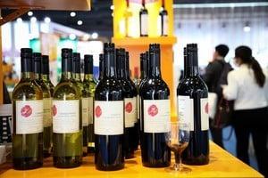 中共天價關稅報復後 澳葡萄酒出口香港激增