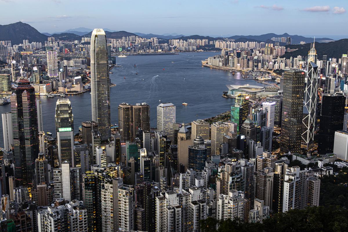 香港專家認為,美國取消香港的特殊地位,使得香港與其它中國大城市之間無大區別,外國公司將考慮是否需要維持其在香港的現有經營規模。 (陳仲明/大紀元)