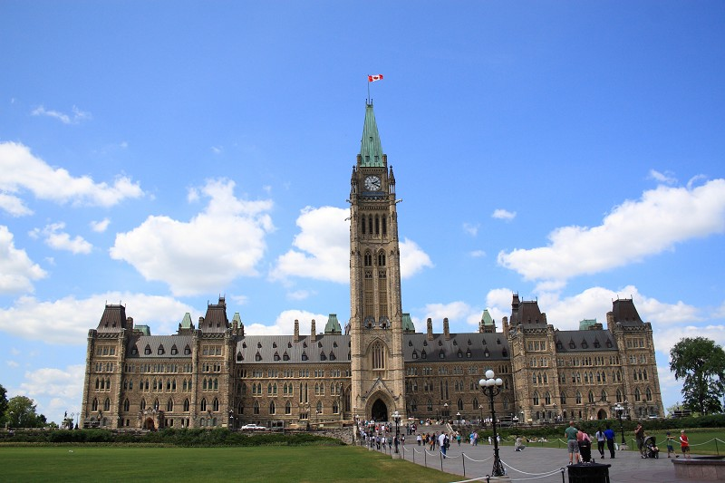 加國家郵報:與中共抗衡 加拿大不再孤單
