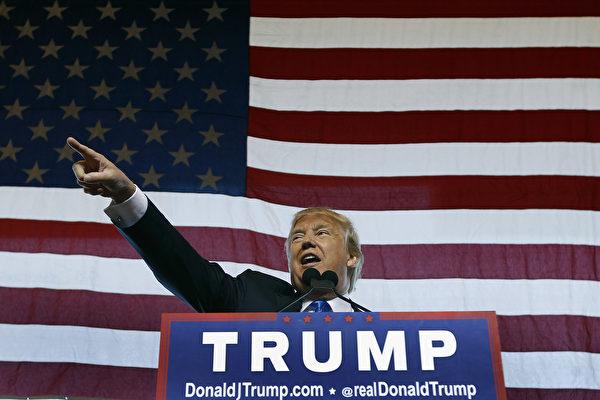 美國當選總統特朗普暗示將更尖銳地聚焦於打擊敘利亞境內的伊斯蘭國,而不是廢黜敘利亞總統阿薩德。(Ralph Freso/Getty Images)