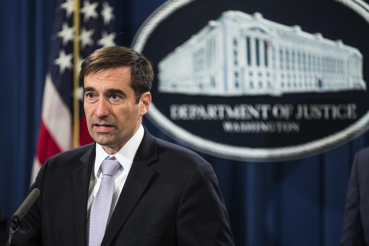 美國司法部副部長約翰・德默斯(John Demers) 。資料圖(Zach Gibson/Getty Images)