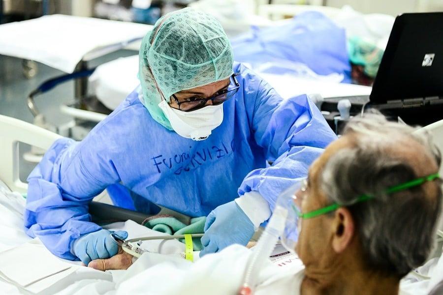中共強迫意大利回購其捐中國的醫療品