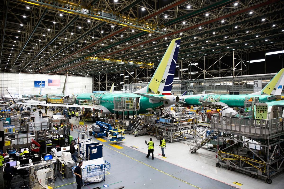 圖為波音的工廠。 (JASON REDMOND/AFP via Getty Images)