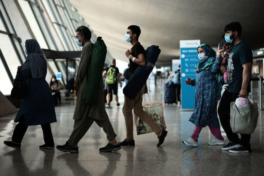 四名美國人經陸路離開阿富汗 撤軍後首次