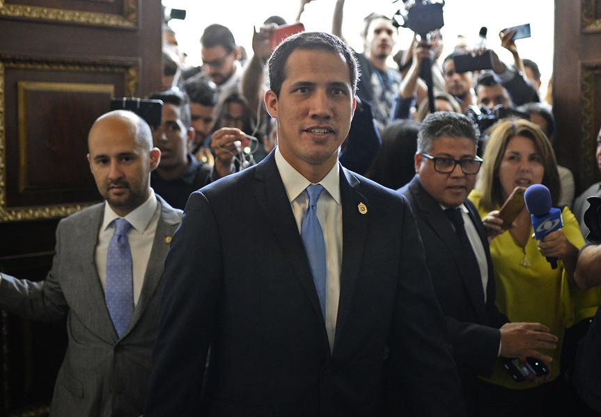 瓜伊多獲任委國臨時總統 第一副總統獲釋