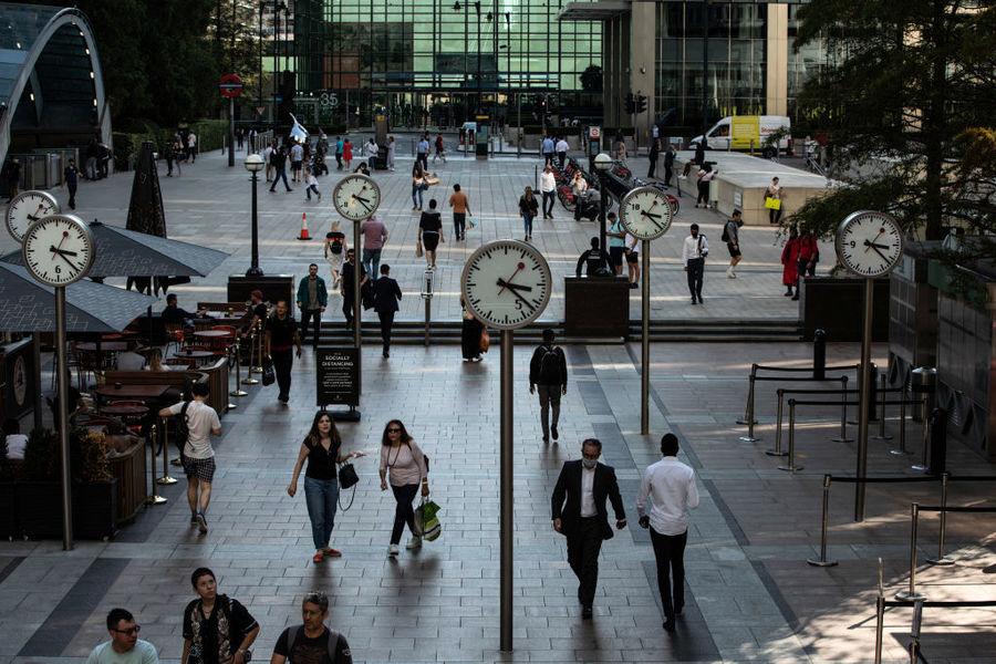 英國逾八成最大公司讓員工在家半職上班