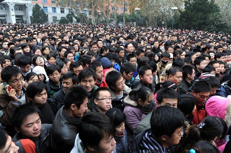 中共病毒(俗稱武漢病毒、新冠病毒)重創大陸經濟,大陸面臨失業潮。圖為資料照。(Getty Images)