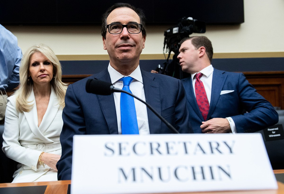 12月5日,美國財政部長史蒂芬·姆欽對眾議院金融委員會表示,世界銀行應將中共從一項支持性貸款(低息貸款)計劃中剔除。(Photo by SAUL LOEB / AFP)