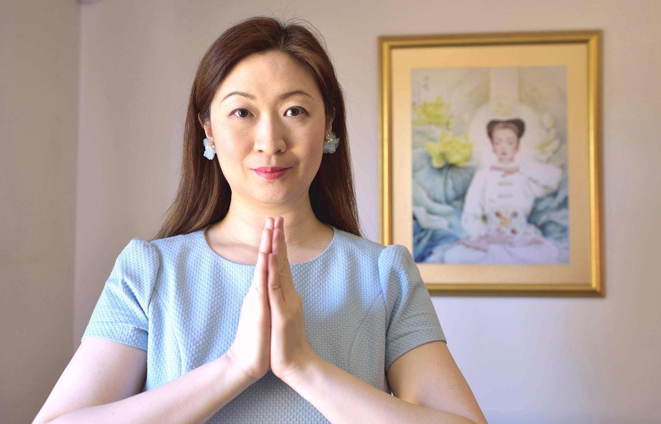 泰國台裔法輪功學員小真感謝法輪功使她身心受益。(明慧網)