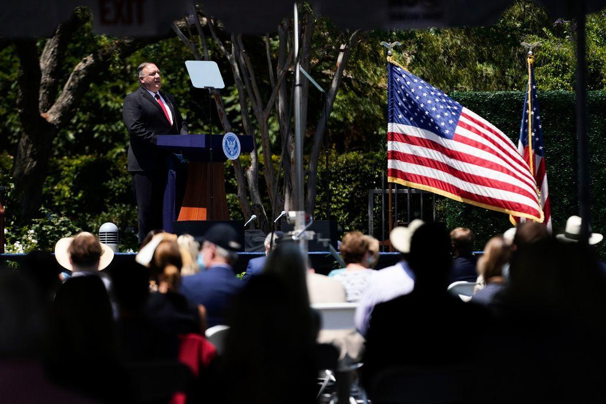 2020年7月23日,美國國務卿麥克‧蓬佩奧(Michael Pompeo)在總統圖書館發表對華演講,中美關係進入實質性脫鉤階段。(ASHLEY LANDIS/POOL/AFP via Getty Images)