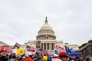 中共渲染美國會遭衝擊 學者:中國根本無示威權